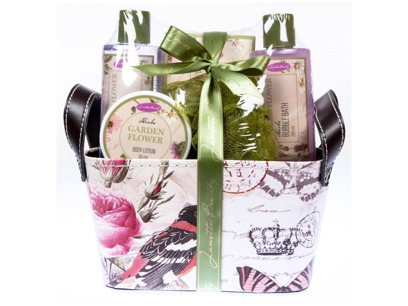 Dárkový košík Janette Beauty Herbs sprchový gel, tělové mléko, sůl, pěna a houba