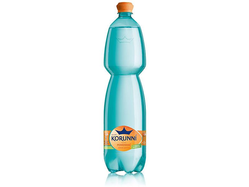 Korunní Pomeranč jemně perlivá voda 1,5l