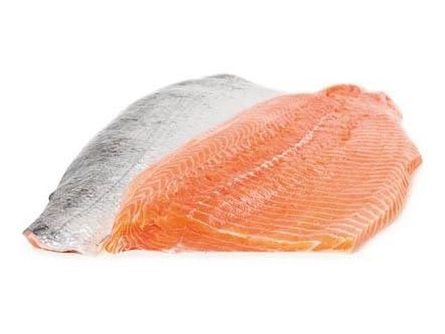 Losos obecný arktický, filet s kůží (Island) cca 0,7kg