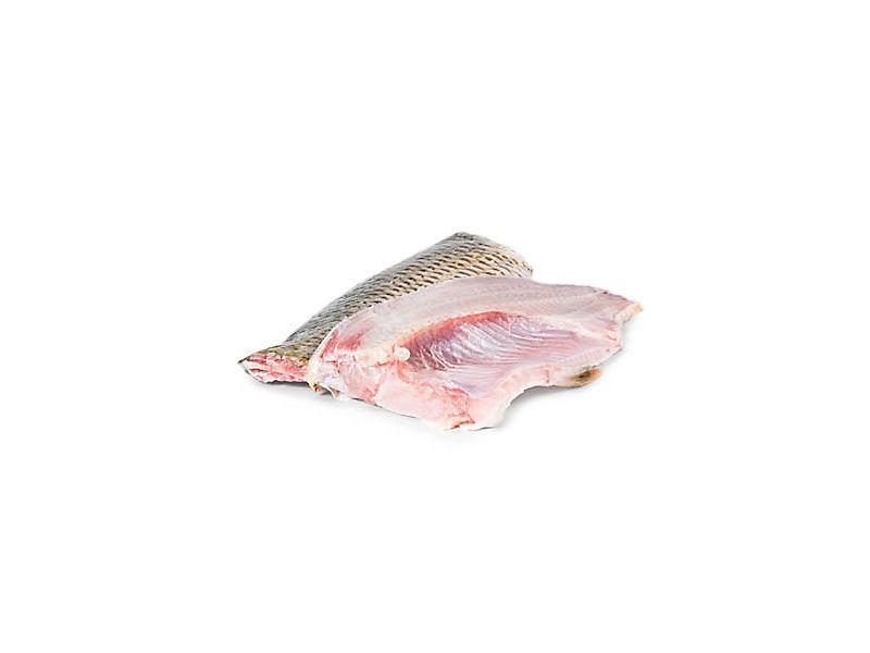 Kapr obecný půlený s kůží cca 500g